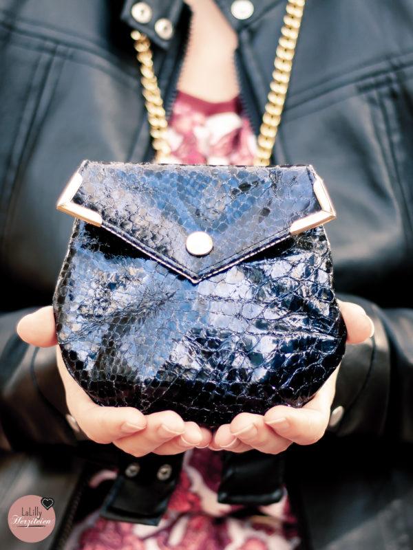 Minibag Jonabel mit Klappe als Schultertasche