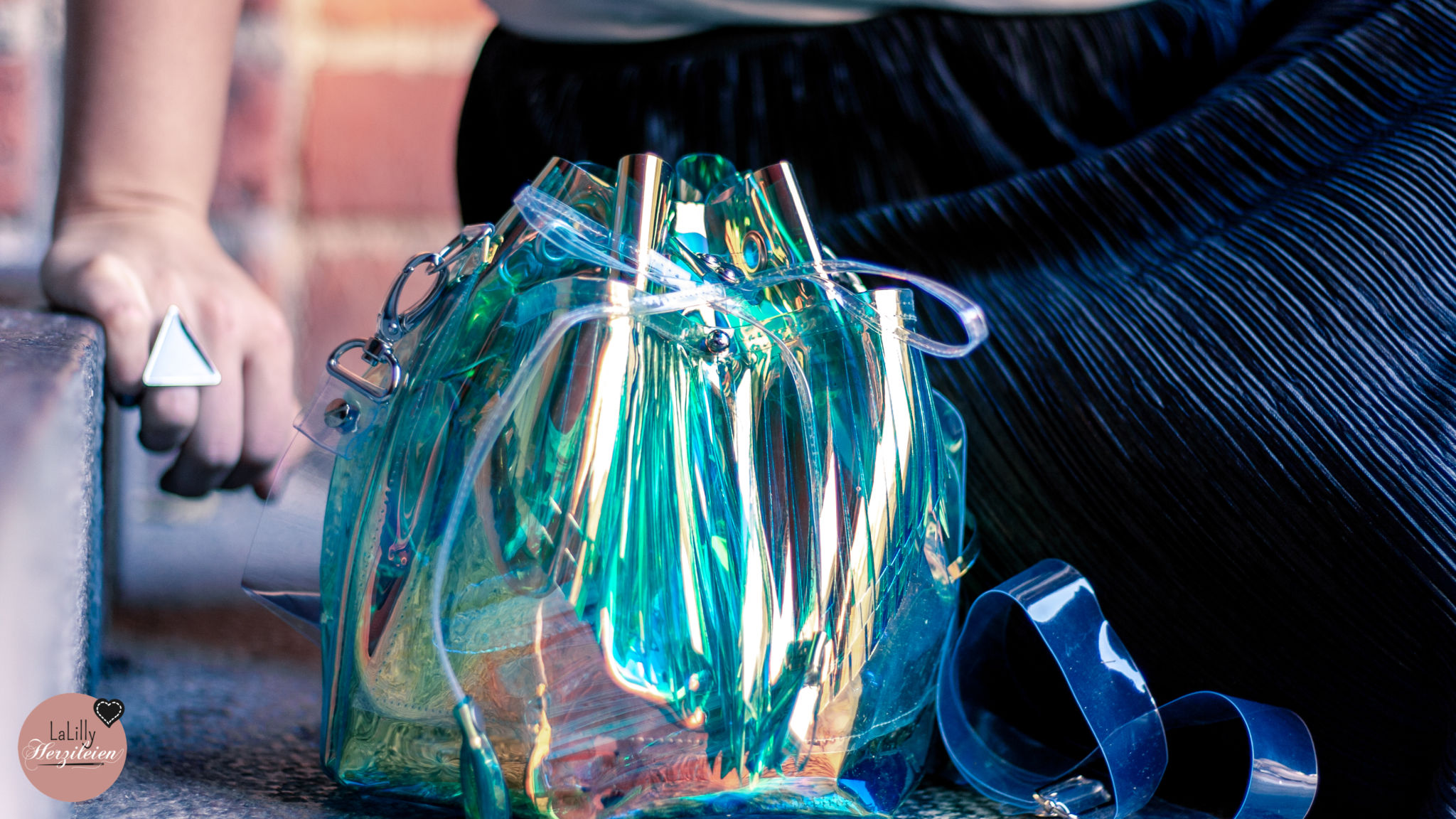 Taschen aus Einhornfolie nähen- Bucketbag Amabel