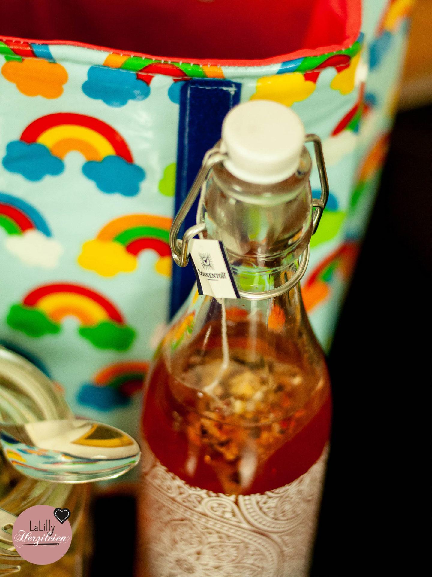 Tschüss Kantine, bye bye Fast Food, du kannst gesundes Mittagessen überall genießen- Lunchbag nähen und los geht es! Einfach vorkochen und einpacken!