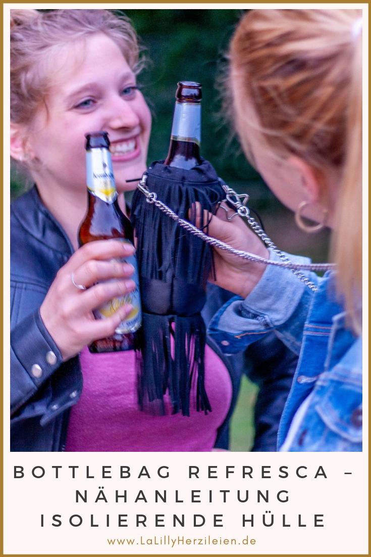 Auf dem Festival oder einer Grillparty am Buffett, man möchte die Hände frei, aber ein Getränk in der Nähe haben. Einfache Lösung: eine Bottlebag nähen!