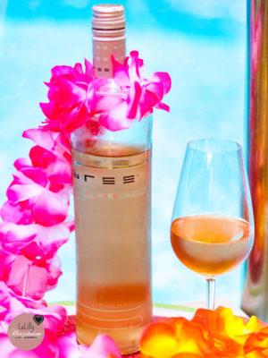 Anzeige: DIY-Ideen für deine Poolparty mit BREE Wein