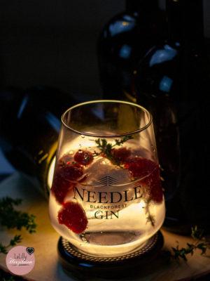 Anzeige: Drei Ideen zum Basteln mit Glasflaschen mit Needle Gin