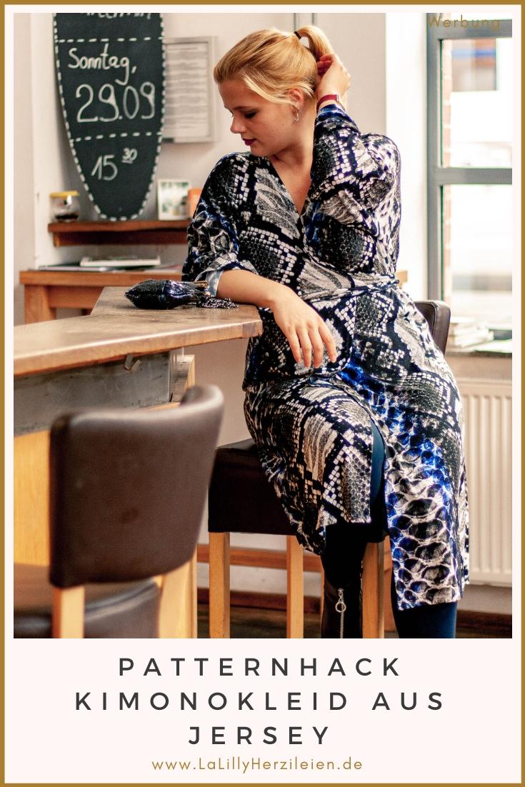 Du bist Nähanfänger und traust dich noch nicht aus gewebtem Stoff zu nähen? Ich erkläre dir wie du dir ein Kimono Kleid aus Jersey nähen kannst!